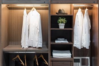 39f3bd84e091 Projektujemy garderobę – jak urządzić funkcjonalną i praktyczną garderobę w  domu